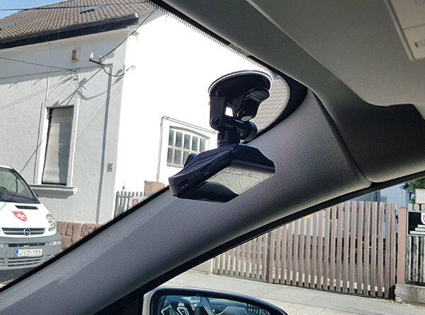 Autós kamera jobb oldalon
